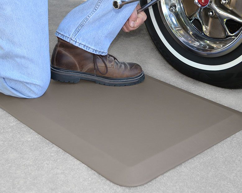 Garage Gel Mats Mats For Concrete GelPro NewLife - Padded garage floor mats